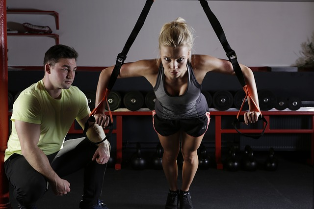 Top 5 bài tập giảm mỡ bụng cho nữ tại phòng gym hiệu quả trong 1 tuần
