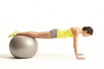 Động tác Stability Ball Plank