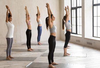 Tư thế Yoga ngọn núi