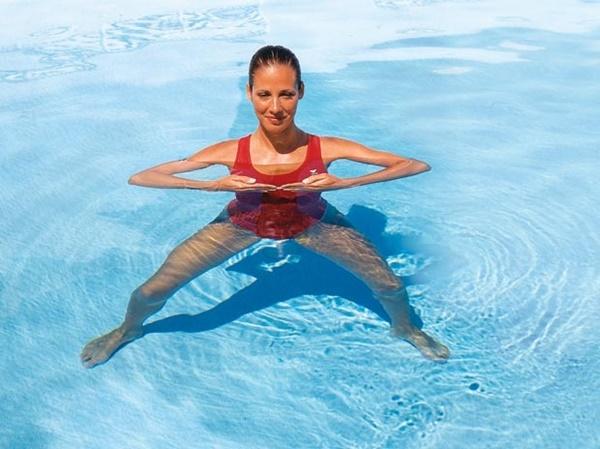 Khua tay tăng sức mạnh cho cơ tam đầu và bắp tay